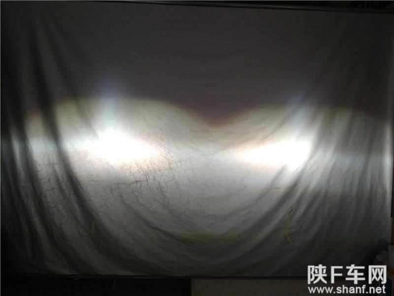 汉中改灯,新途胜原车单光透镜改装双光透镜氙气灯,实现两近四远