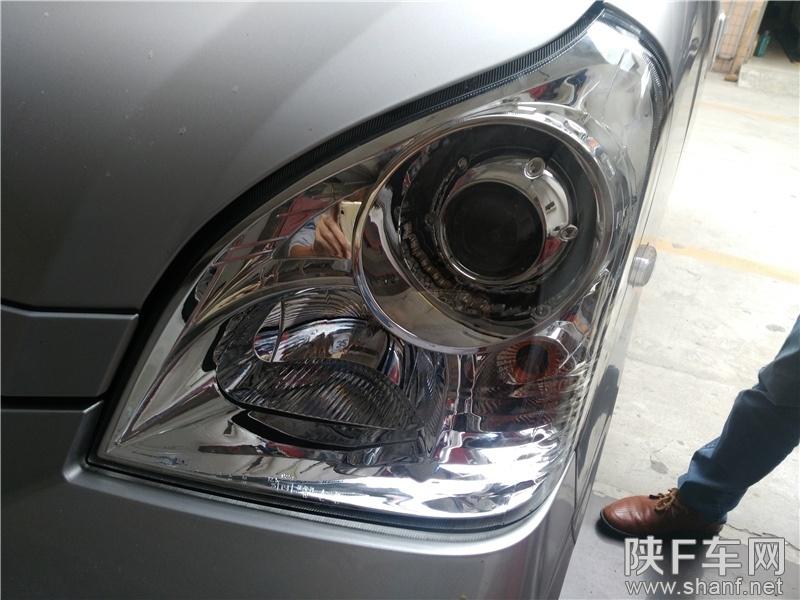 汉中改灯,五菱荣光改装车灯Q5透镜,加装恶魔眼